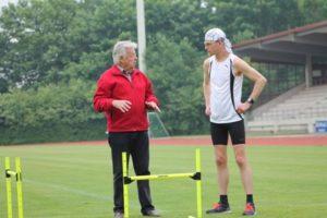 Lothar Pöhlitz gehört zu den erfahrensten Trainern. Foto: Rigal