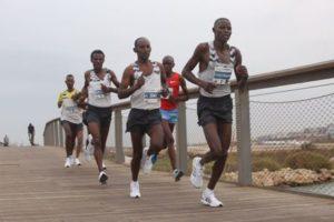 Führende Männer beim Tel Aviv-Marathon 2018